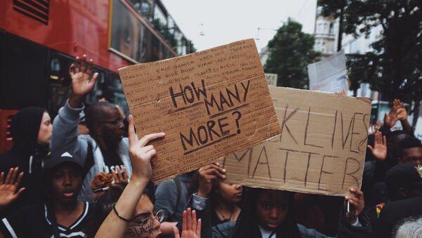 Black Lives Matter Protest in London after killings of black men in the US. - Sputnik International