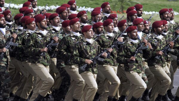 Pakistani commandos from the Special Services Group march during a military parade to mark Pakistan's Republic Day in Islamabad. - Sputnik International