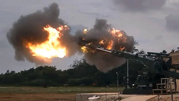 India's armament system for the 155mmx52 caliber Advanced Towed Artillery Gun System (ATAGS) - the country's first fully domestically designed and developed gun system. - Sputnik International