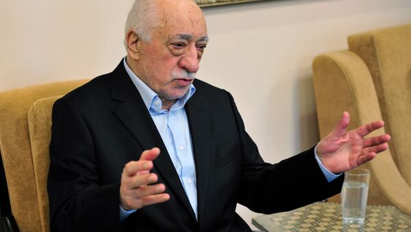 Islamic cleric Fethullah Gulen speaks to members of the media at his compound, Sunday, July 17, 2016, in Saylorsburg, Pa. Turkish officials have blamed a failed coup attempt on Gulen, who denies the accusation. - Sputnik International