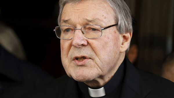 Australian Cardinal George Pell speaks to journalists at the end of a meeting with the sex abuse victims at the Quirinale hotel in Rome, Italy, March 3, 2016. - Sputnik International