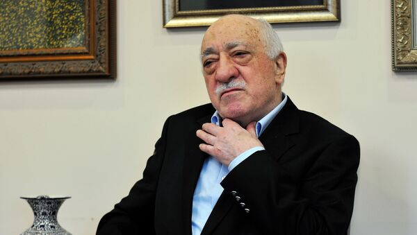 Islamic cleric Fethullah Gulen speaks to members of the media at his compound, Sunday, July 17, 2016, in Saylorsburg, Pa. - Sputnik International