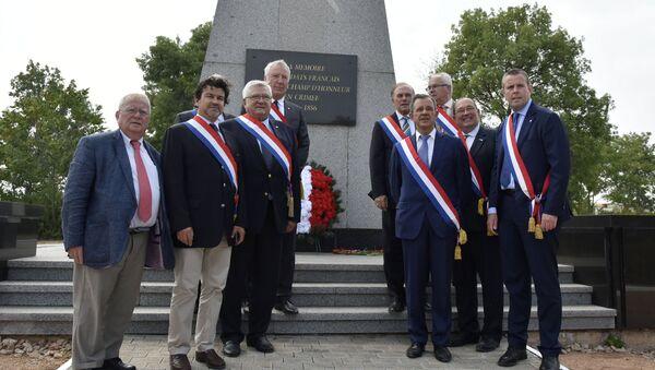 French MPs arrive in Sevastopol - Sputnik International