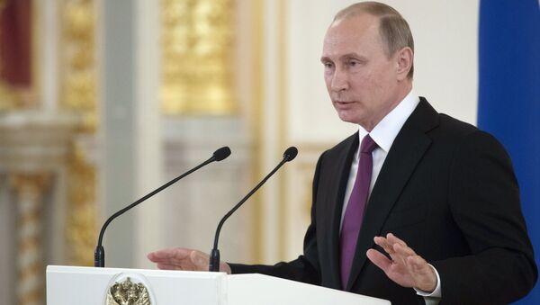 President Vladimir Putin meets with national Olympic team in Kremlin - Sputnik International