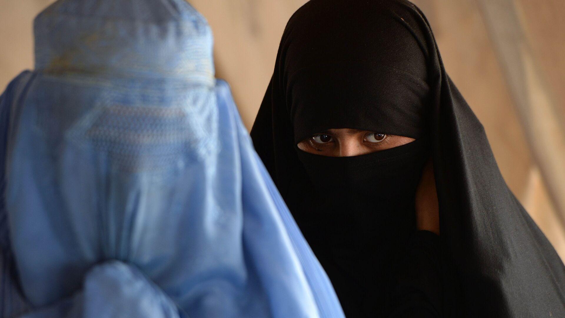 Women in burka - Sputnik International, 1920, 05.09.2021