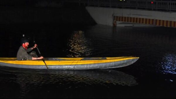 Meanwhile in Russia: Going Grocery Shopping on a Kayak - Sputnik International