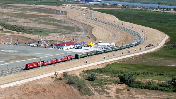 North-South transnational transport corridor railroad stretch - Sputnik International