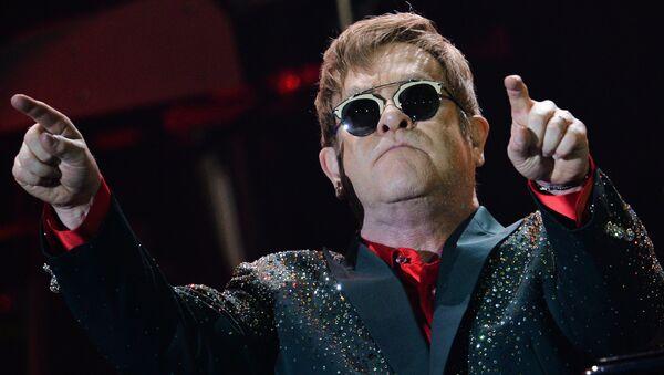 Elton John gives concert in Moscow - Sputnik International