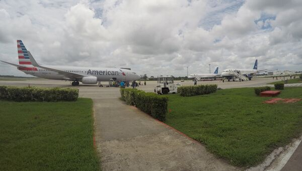 In this Friday, June 10, 2016, file photo, American Airlines and JetBlue Airways charter flights wait to depart from Havana's Jose Marti International Airport - Sputnik International