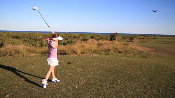 Hole in One! Young Golfer Knocks Down Drone - Sputnik International