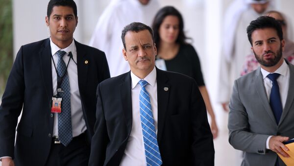 United Nations special envoy to Yemen, Ismail Ould Cheikh Ahmed (C) - Sputnik International
