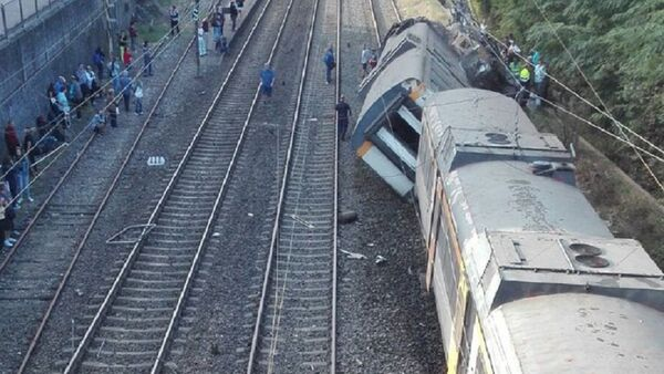 Train Derails in Northern Spain - Sputnik International