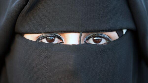Woman in hijab - Sputnik International