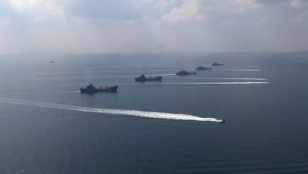 The ships of the Black Sea Navy Fleet and the Caspian Flotilla during the Kavkaz-2016 field and CP exercise - Sputnik International