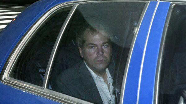 FILE - In this Nov. 18, 2003 file photo, John Hinckley Jr. arrives at US District Court in Washington. - Sputnik International