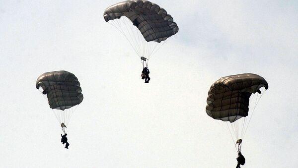 Chinese paratroopers. (File) - Sputnik International
