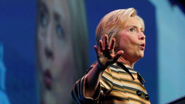 U.S. Democratic presidential candidate Hillary Clinton speaks at the Congressional Hispanic Caucus Institute's 39th Annual Gala Dinner in Washington, DC, U.S. September 15, 2016 - Sputnik International