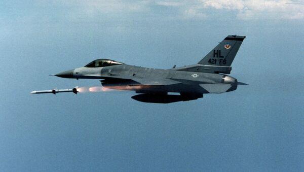 US air force F-16 jet fighter - Sputnik International