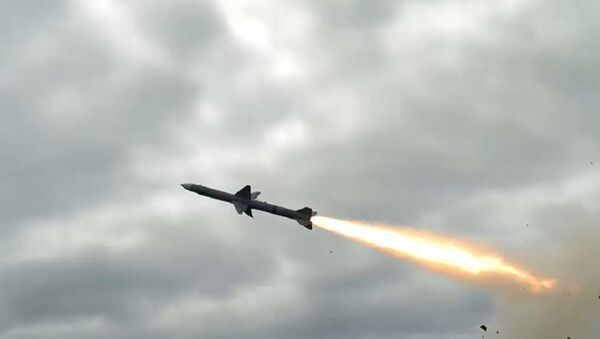 Indian and Israeli scientists are conducting series of tests of their joint venture Medium Range Surface-to-Air Missile (MRSAM) from a defense base in eastern India - Sputnik International