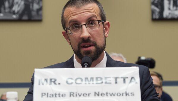 Paul Combetta - Sputnik International