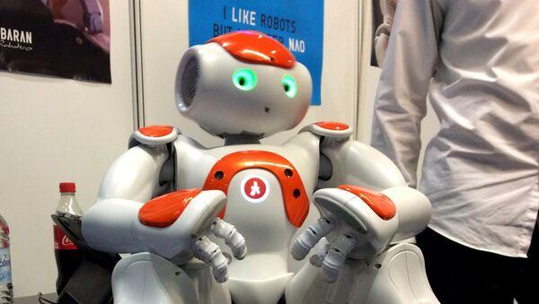 Interacting robot Nao - Sputnik International