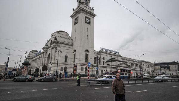 Kiyevsky railway station building in Moscow - Sputnik International