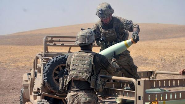 Coalition Forces Load White Phosphorus Munitions for Battle in Iraq Against Daesh - Sputnik International