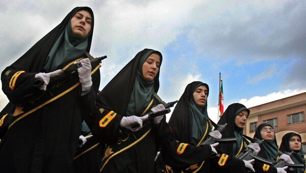 Iranian female police officers wearing chadors parade during a female police graduation ceremony at the Police Academy in Tehran, Iran. (File) - Sputnik International