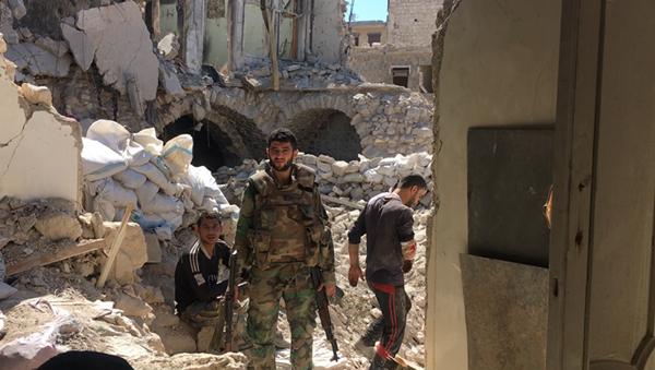 Syrian Army servicemen in Aleppo. - Sputnik International