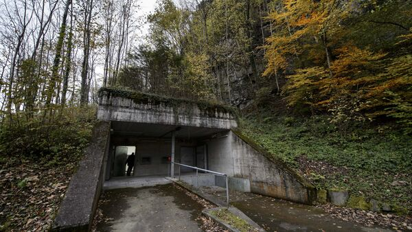 A former Swiss Army bunker built in the Alps during the Cold War (File) - Sputnik International