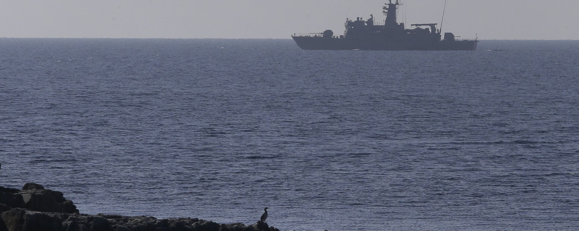 A Greek Navy warship patrols near the eastern Greek Island of Agathonisi and the nearby Turkish shores, on the Aegean Sea (File) - Sputnik International, 1920, 28.08.2021