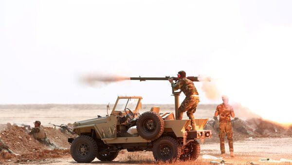 Members of the Shi'ite Badr Organisation undergo training before the upcoming battle to recapture Mosul in Diyala province, Iraq September 27, 2016 - Sputnik International