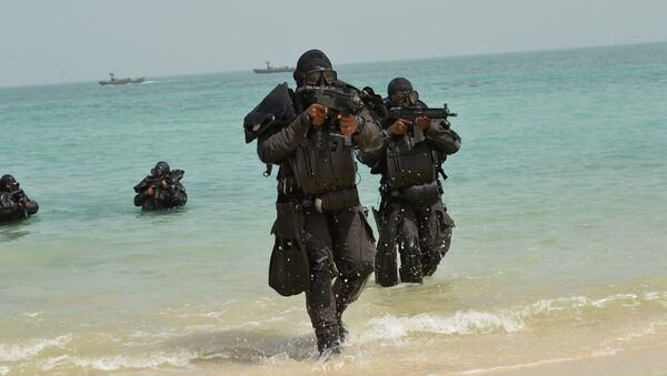 Members of Royal Saudi Navy takes part in ÒGulf Shield 1Ó exercise, east of Saudi Arabia, in this handout photo received October 4, 2016. - Sputnik International