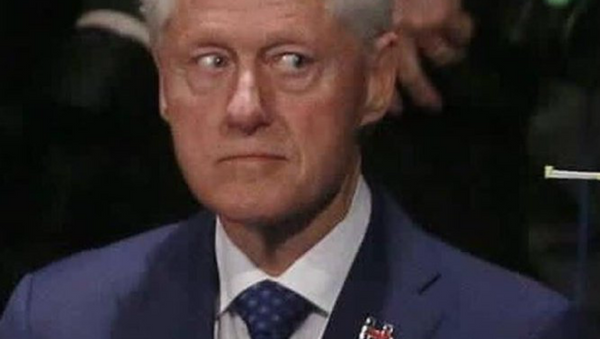 Bill Clinton During the October 9 Debate between Hillary and Trump - Sputnik International