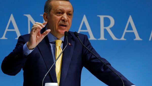 Turkish President Tayyip Erdogan addresses the audience during a meeting in Ankara, Turkey, October 3, 2016. Picture taken October 3, 2016. - Sputnik International