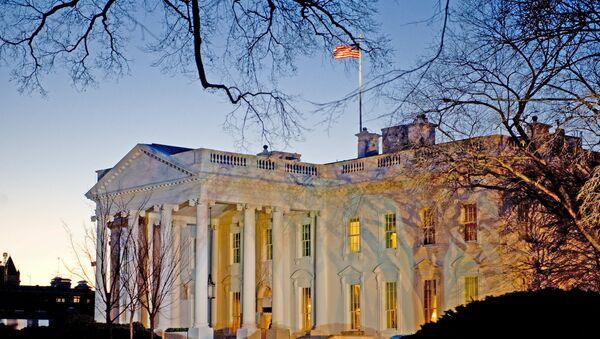 The day breaks behind the White House in Washington,DC - Sputnik International