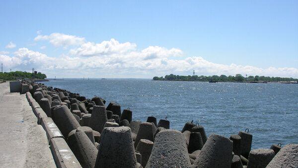 The narrow strait at Baltiysk between the Baltic Sea and the Vistula Lagoon - Sputnik International