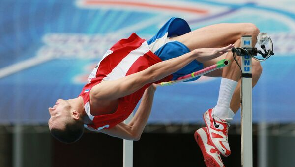 Yury Korshunov performing in the men's high jump finals of the Russian Athletics Championship in Moscow. (File) - Sputnik International