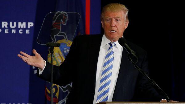 Republican US presidential nominee Donald Trump delivers remarks at a campaign event in Gettysburg, Pennsylvania, U.S. October 22, 2016. - Sputnik International