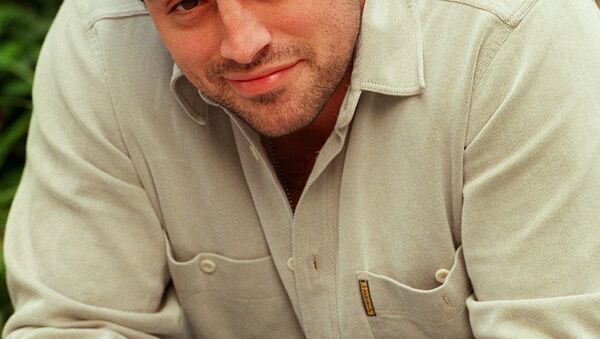 Actor Matt LeBlanc poses for a photo outside the Warner Brothers studio Friday, Oct. 24, 1997 in Burbank, Calif. LeBlanc is one of the six costars of the hit NBC television series Friends. - Sputnik International