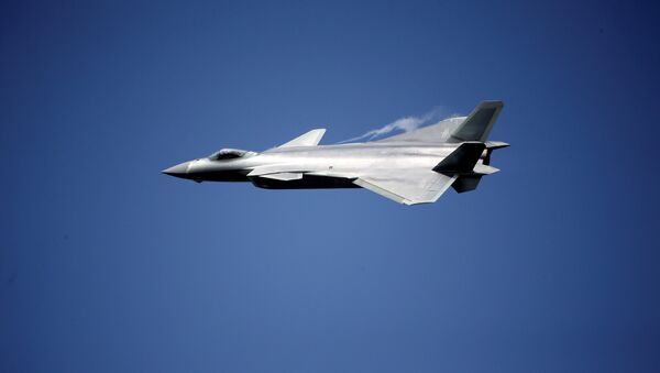 China unveils its J-20 stealth fighter on an air show in Zhuhai, Guangdong Province, China, November 1, 2016. - Sputnik International