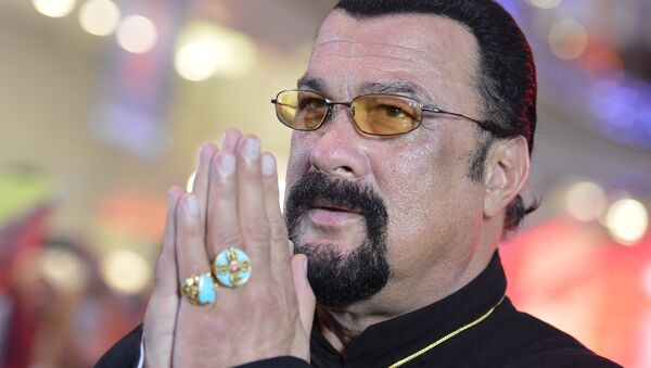 American actor, film producer and scriptwriter, martial artist and musician Steven Seagal at Moscow's Alley of Glory (File) - Sputnik International