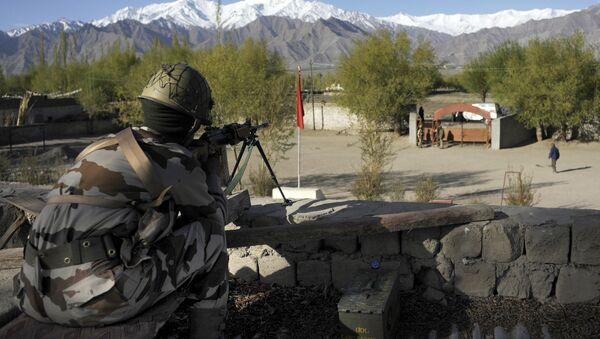 Indian paramilitary personels - Sputnik International