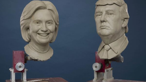 Clay sculptures of Republican and Democratic Presidential Candidates, Donald Trump and Hillary Clinton - Sputnik International