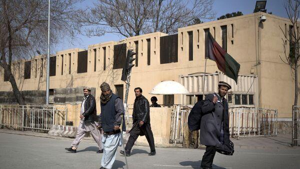 Afghans walk by the Serena hotel in downtown Kabul, Afghanistan, Friday, March 21, 2014 - Sputnik International