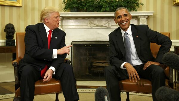 U.S. President Barack Obama meets with President-elect Donald Trump (L) to discuss transition plans in the White House Oval Office in Washington, U.S., November 10, 2016 - Sputnik International