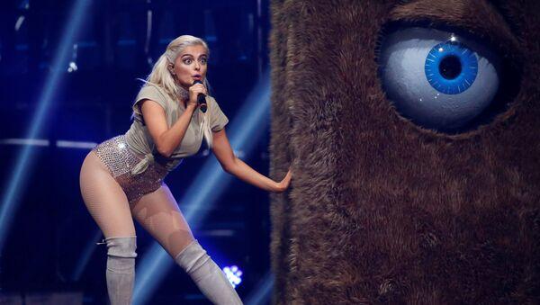 Bebe Rexha performs on stage at the 2016 MTV Europe Music Awards - Sputnik International