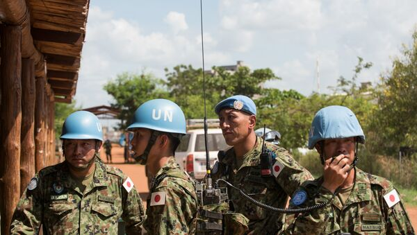 Japanese United Nations Mission in the Republic of South Sudan (UNMISS) troops wait for the arrival of the Japanese minister of defence at the UNMISS base in Tomping Juba on October 8, 2016 - Sputnik International