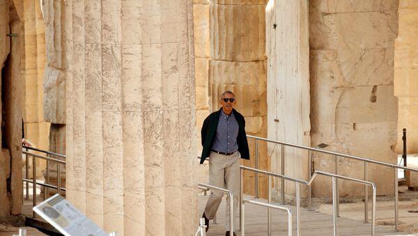 U.S. President Barack Obama tours the Acropolis in Athens, Greece November 16, 2016 - Sputnik International