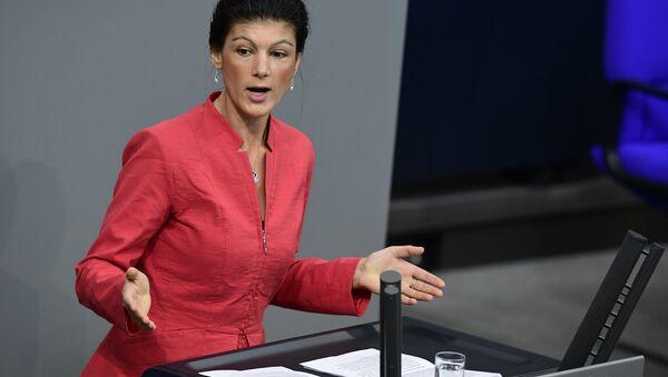 Sahra Wagenknecht of the Left party (Die Linke) delivers a speech at the Bundestag (lower house of parliament) in Berlin on November 23, 2016 - Sputnik International